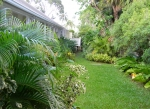 island-inn-back-gardens