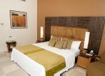 island-inn-bedroom-bed-view